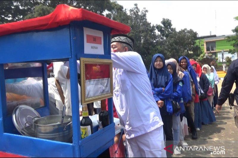 Festival bubur dongkrak ekonomi warga