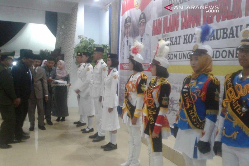 Wali Kota Baubau mengajak warga tuangkan nilai kejuangan dalam pembangunan