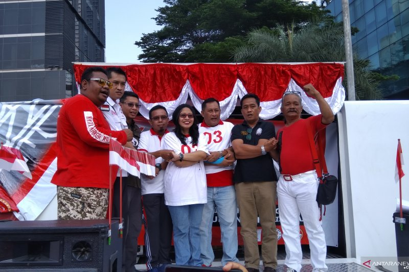 HUT ke-74 RI jadi momentum rekonsiliasi relawan TKN dan BPN