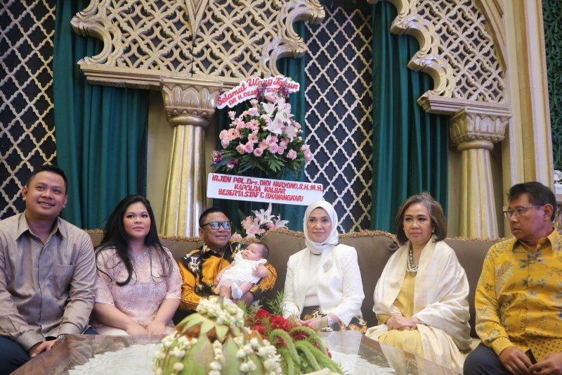 OSO rayakan ulang tahun bersama pimpinan parlemen dan Panglima TNI