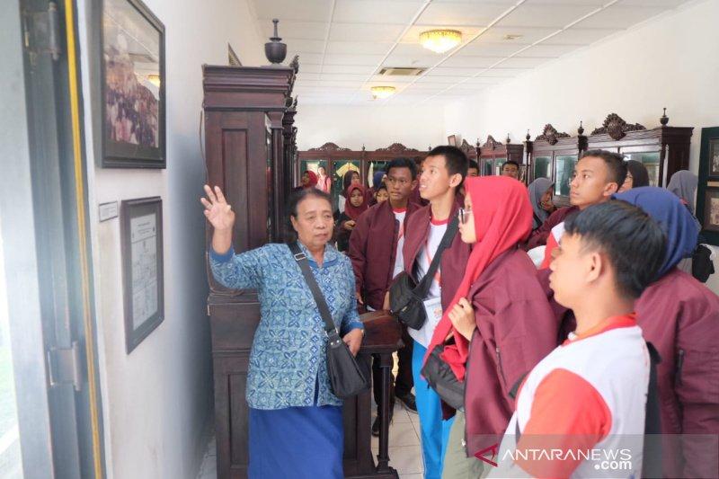 Peserta SMN Riau kunjungi Keraton Yogyakarta