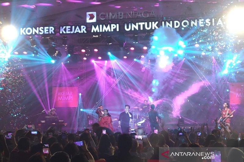 Noah dan Sheila Majid hibur nasabah CIMB Niaga Semarang