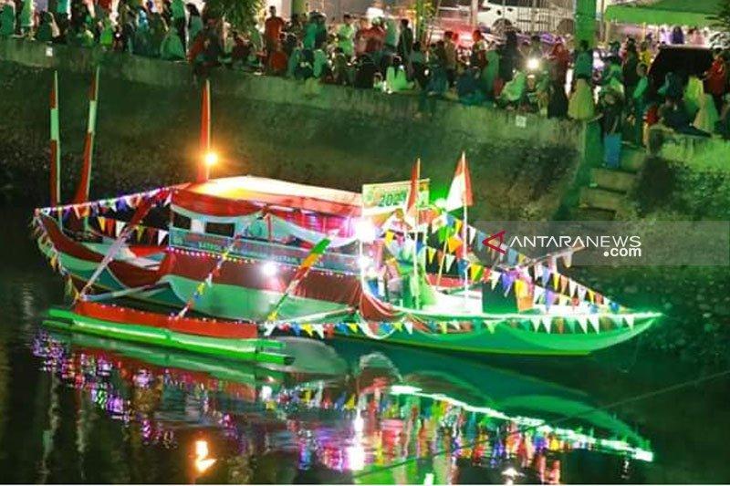 Pemkab Lutim gelar parade kapal hias meriahkan HUT RI