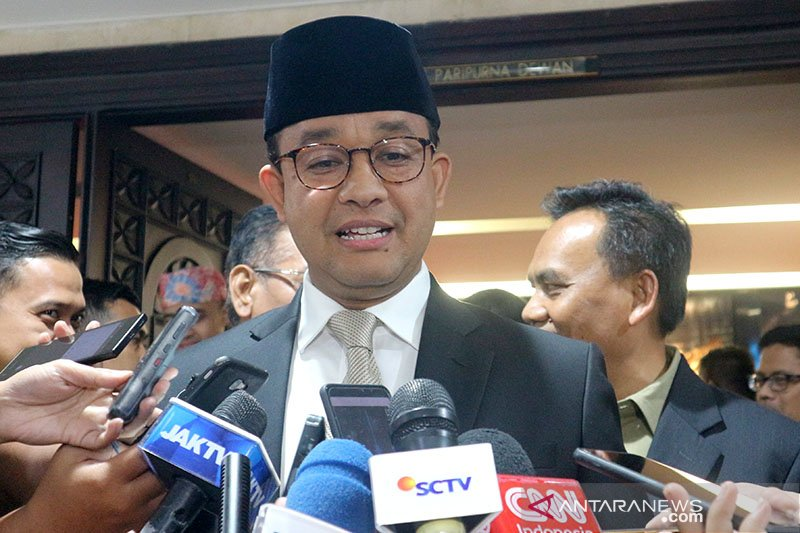 Wacana Bekasi masuk Jakarta, Anies ikut perintah pusat