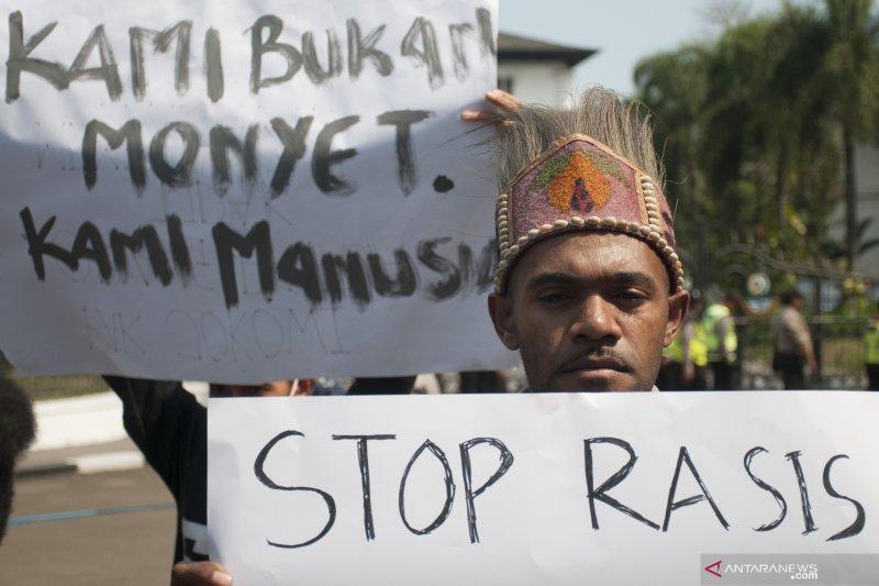 Pemerintah diminta beri perlindungan hukum mahasiswa Papua di Jawa