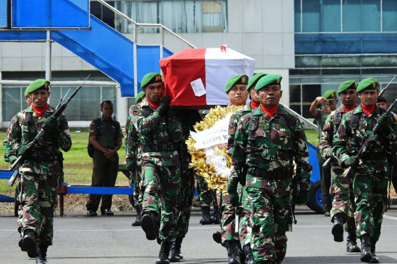 Kasrem 162/WB pimpin penerimaan jenazah Praka Anumerta Sirwandi