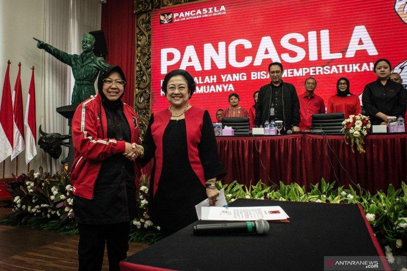 Walikota Surabaya Tri Rismaharini dilantik menjadi Ketua Bidang Kebudayaan DPP PDI Perjuangan