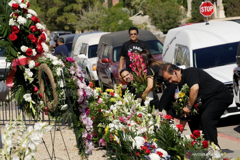 Tersangka pembunuhan El Paso menyatakan tak bersalah
