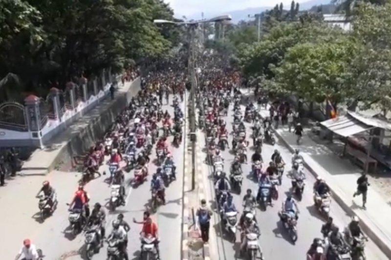 Massa aksi bergerak ke arah Kantor Gubernur Papua