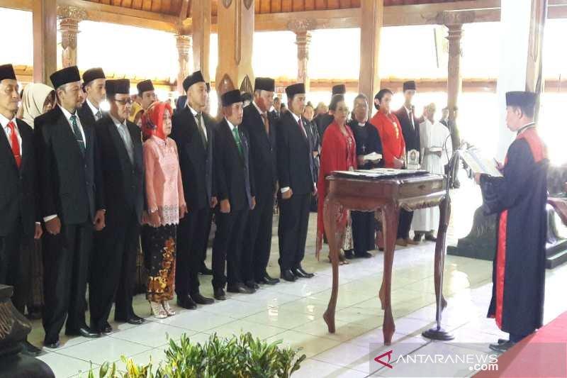 Anggota DPRD Temanggung diresmikan
