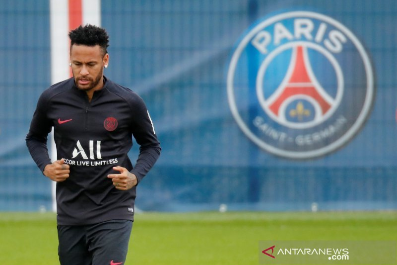 Liga Prancis -- PSG tak akan turunkan Neymar sampai status jelas