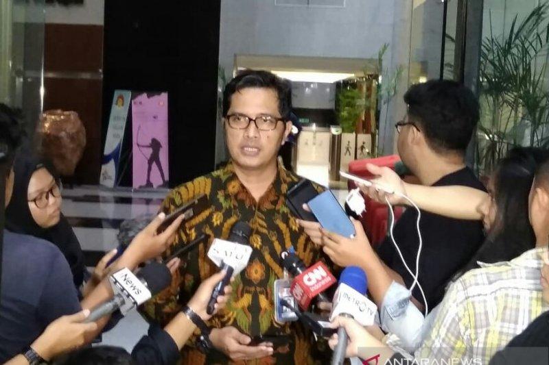 Empat orang hasil OTT di Yogyakarta diperiksa KPK