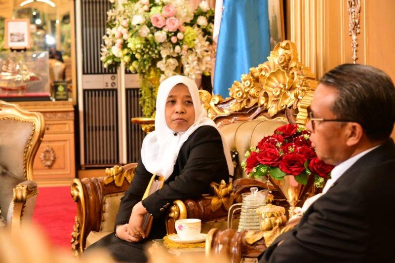 Gubernur menerima dokumen caleg terpilih DPRD Sulsel
