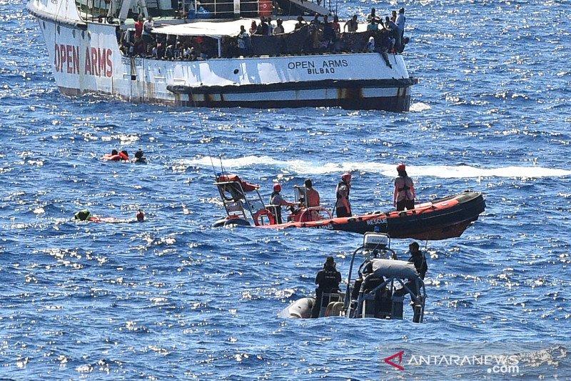 Gelombang baru kapal migran berdatangan ke pulau Lampedusa, Italia