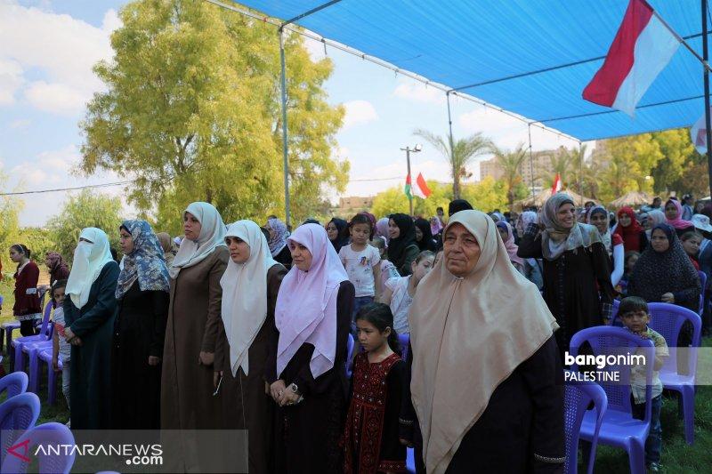 Kala Indonesia Raya dan Merah Putih berkibar di Jalur Gaza