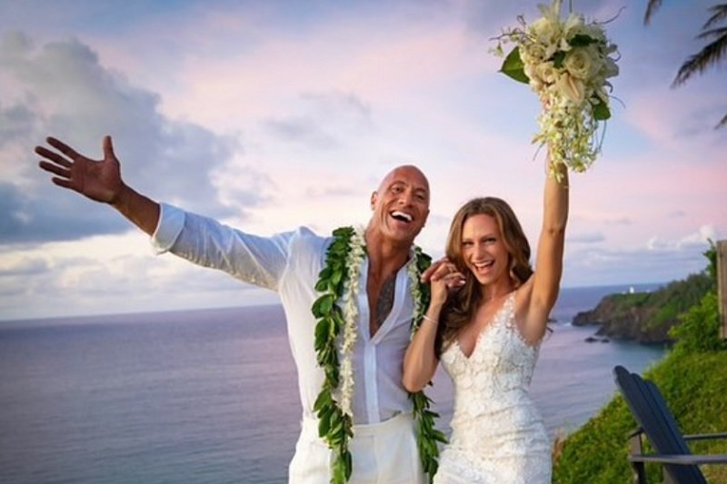 Dwayne Johnson dan Lauren Hashian resmi menikah