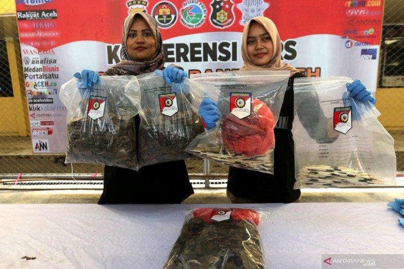 Polda Kalbar amankan penjual sisik trenggiling di perbatasan