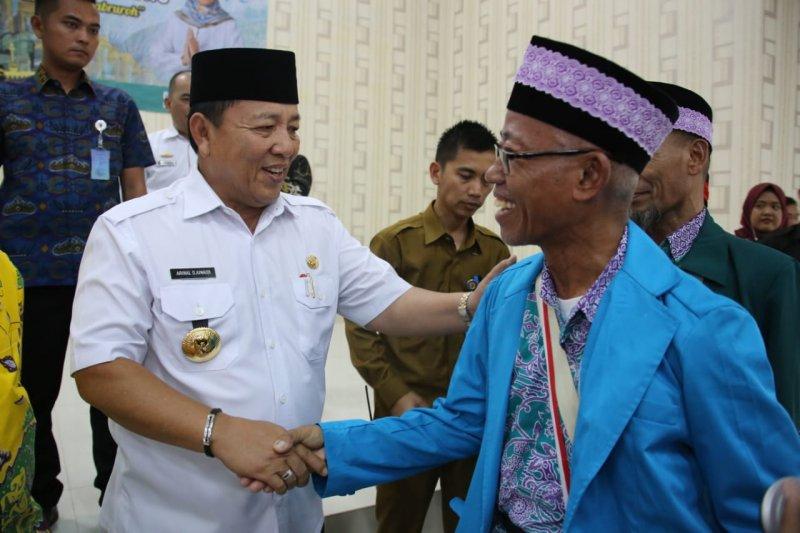 Gubernur Arinal sambut kepulangan jamaah haji Lampung