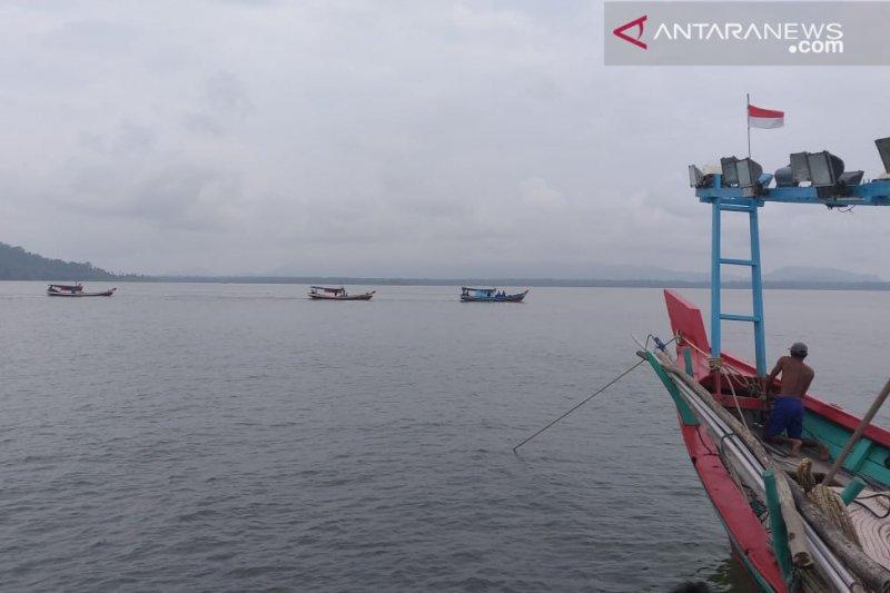 Nelayan hilang di Pasaman Barat ditemukan selamat