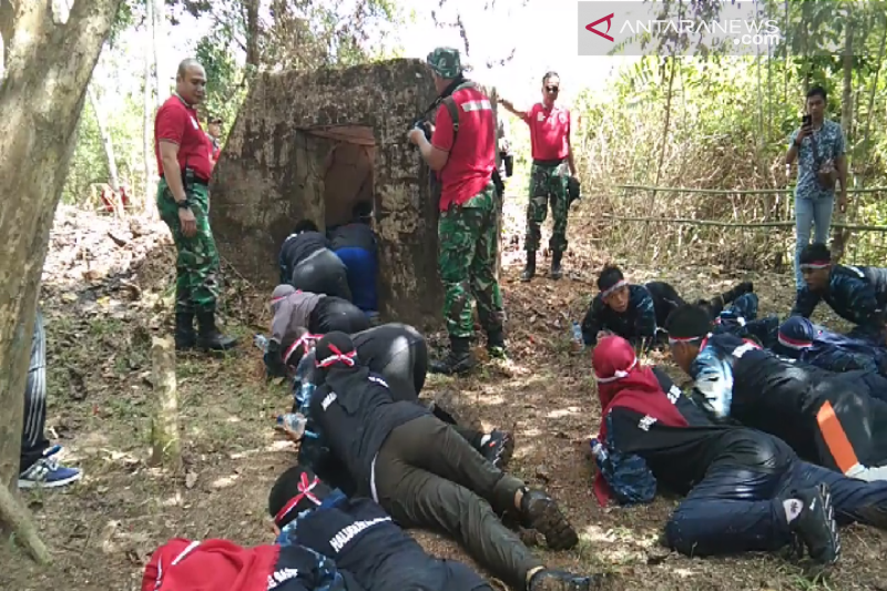 Peserta SMN Babel kunjungi bunker peninggalan Jepang