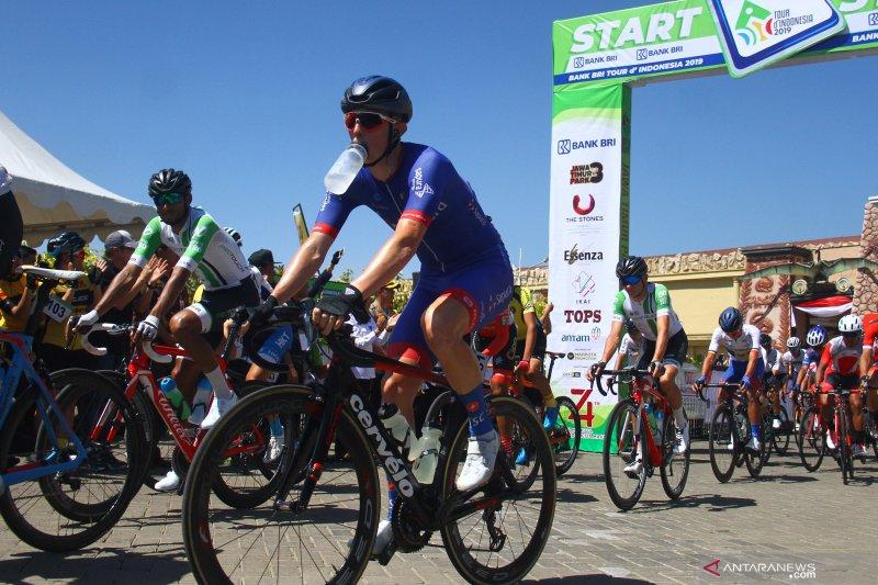 start etape ketiga Tour De Indonesia