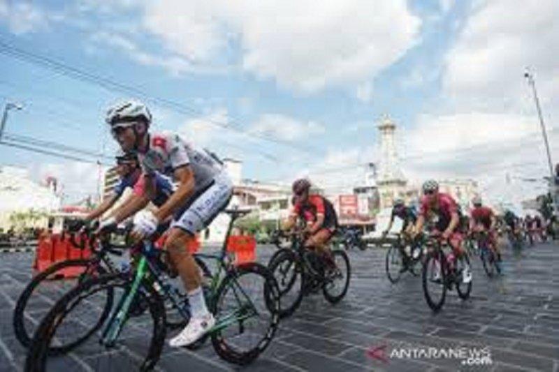 Dimulai dari Malang, pebalap tempuh etape terpanjang sejauh 195,9 km