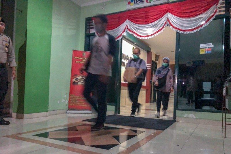 KPK lakukan pemeriksaan 10 jam di dua instansi Pemkot Yogyakarta