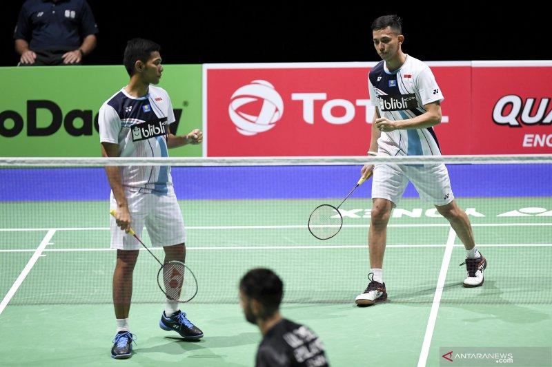 Tiga ganda Indonesia lolos ke semifinal Kejuaraan Dunia