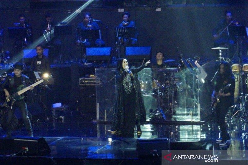 """Nicky Astria hapus kerinduan penggemar dengan konser """"Terus Berlari"""""""