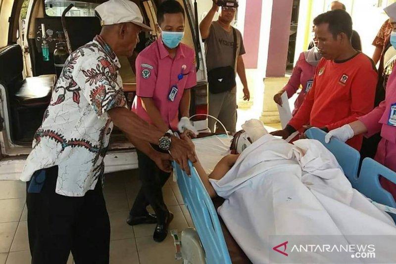 Tertimpa pohon dan sempat jalani perawatan, anggota Satgas Karhutla Batanghari meninggal