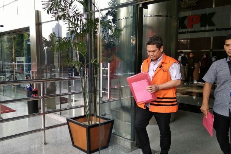KPK perpanjang penahanan Kepala Kantor Imigrasi Mataram