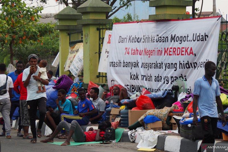 Pengungsi-pencari suaka Kalideres tak tahu nasibnya setelah 31 Agustus