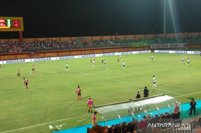 Madura United gilas PSIS 3-0