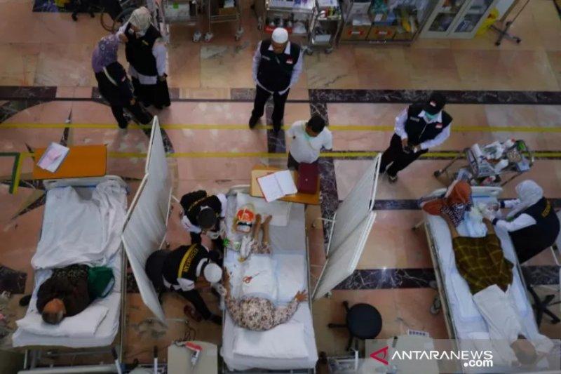 Tim kesehatan pantau kesehatan jamaah haji selama 14 hari