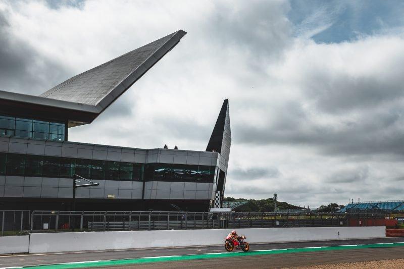 Ini hasil kualifikasi  balap motor GP Inggris