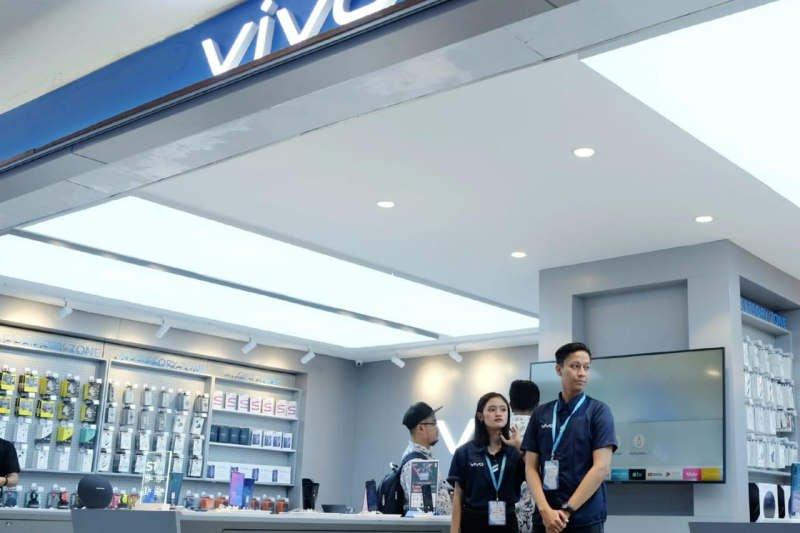 Di Semarang, Erafone buka 10 gerai Vivo sekaligus