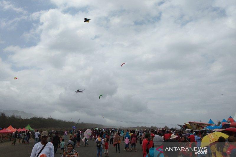 Jogja Air Show jadi daya tarik wisatawan ke pantai Bantul