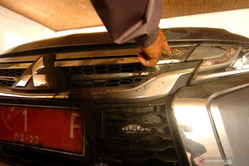 Mobil dinas Bupati Tegal Umi Azizah dibakar orang tak dikenal