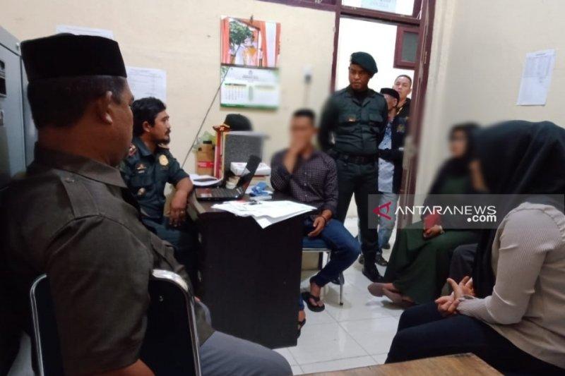 Melanggar syariat, pasangan muda-mudi di Aceh Barat diamankan
