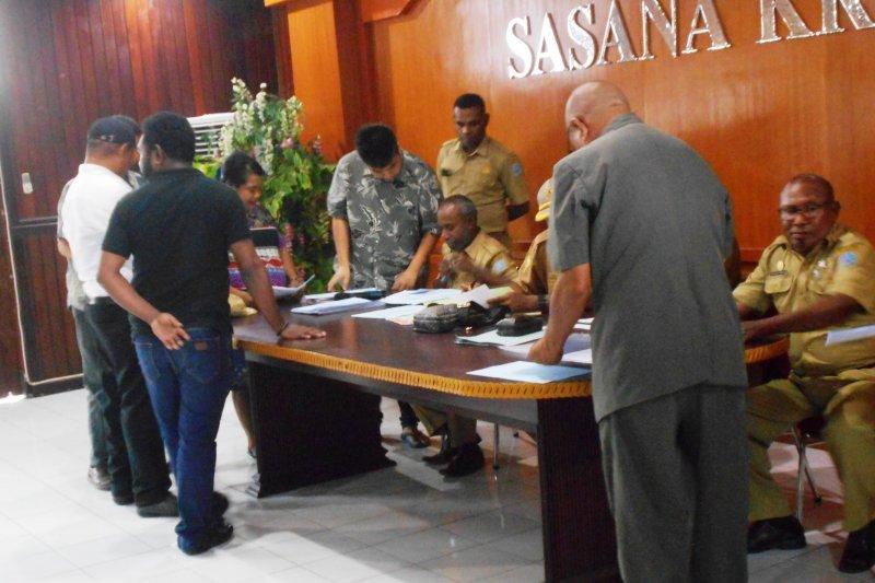 Pemkab Biak Numfor validasi berkas administrasi 25 caleg DPRD terpilih