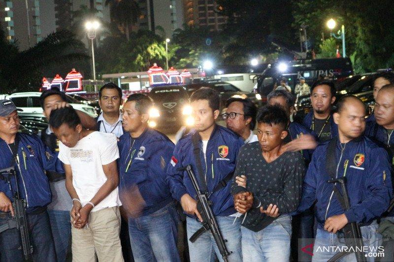 Dua eksekutor pembunuhan di Lebak Bulus dibawa ke Polda Metro Jaya