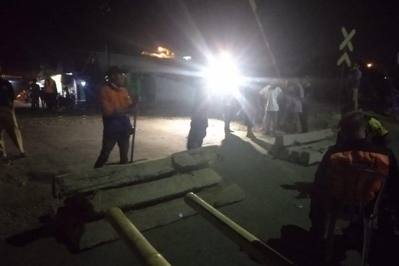 Pelintasan liar terjadinya kecelakaan kereta-bus di Karawang ditutup