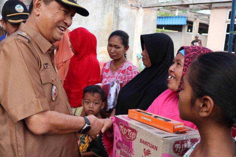 Kebakaran di Seberang Tembilahan, 39 jiwa kehilangan tempat tinggal. Wabup Inhil beri bantuan