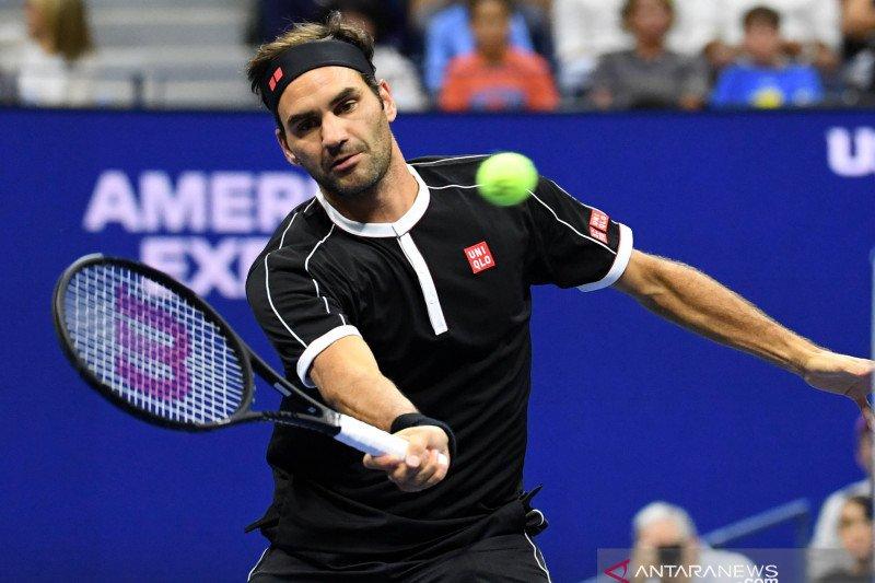 Federer gulingkan Daniel Evans menuju babak keempat US Open