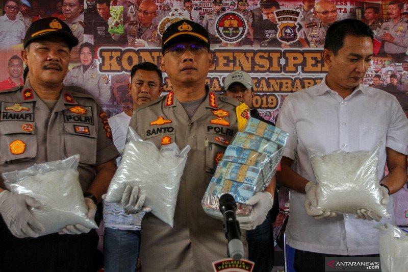 Polresta Pekanbaru gagalkan peredaran sabu 18 kg