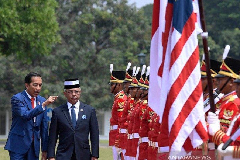 Presiden Joko Widodo sambut kedatangan Raja Malaysia di Istana Bogor