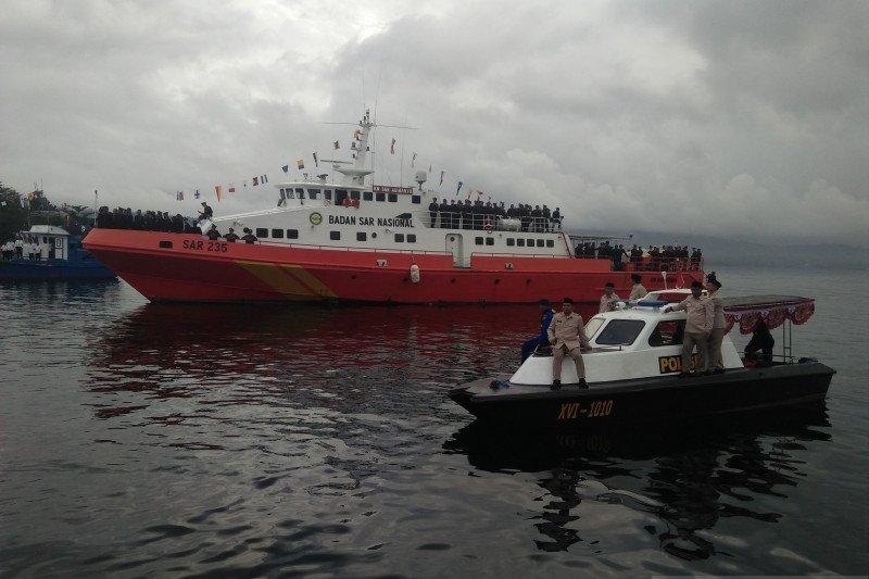 Pencarian anak buah kapal KM Mina Sejati dilanjutkan lewat udara