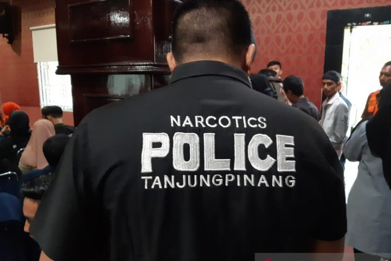 Ratusan mahasiswa Tanjungpinang deklarasi tolak narkoba