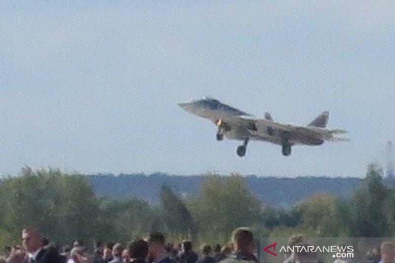 Pesawat Sukhoi Su-57E mucul di MAKS 2019