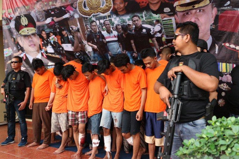 Polisi tembak lima anggota geng motor Jakarta